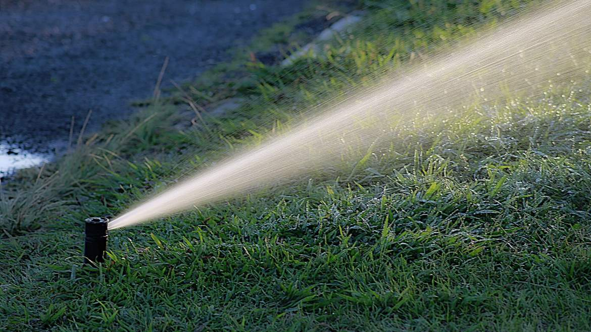 Smart irrigation: why your sprinkler should be smart (2019)